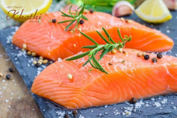 2 miếng Cá hồi chứa hàm lượng Omega 3 dồi dào