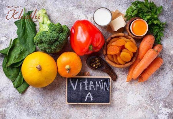Vitamin A có nhiều trong rau củ quả như súp lơ, cà rốt, ớt chuông đỏ..