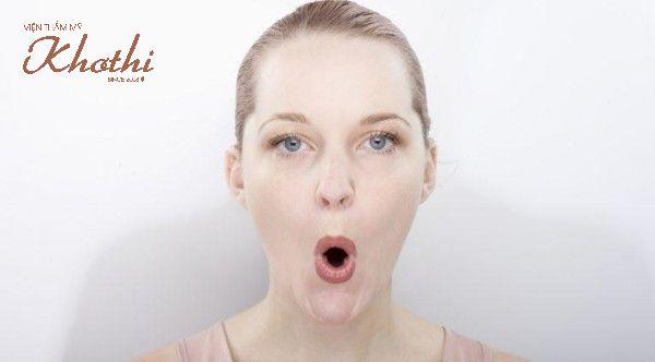 Cách tập cơ mặt thon gọn với bài tập O-U săn chắc cơ gò má
