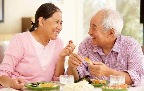 Ăn chay tăng cường sức khỏe, duy trì tuổi thọ cao.