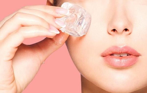Cách mát xa trẻ hóa da mặt của người Hàn bằng kỹ thuật dùng đá lạnh