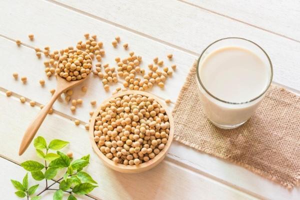 Sữa đậu nành hỗ trợ giảm cân rất tốt.