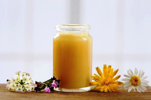 Cách dùng sữa ong chúa để giảm cân