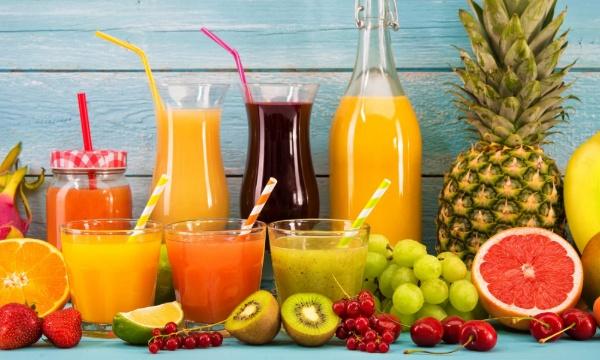 Uống nước ép từ nhiều loại trái cây ít đường nguyên chất giúp giảm cân hiệu quả không mệt