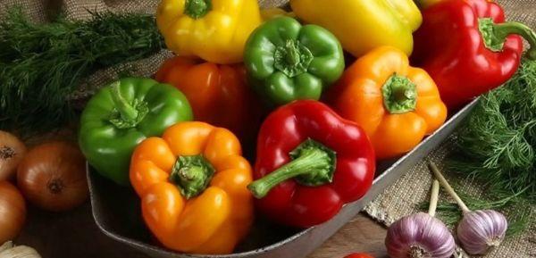 Nước mía và ớt chuông giúp tiêu hao mỡ thừa thành năng lượng cần thiết cho hoạt động cơ thể