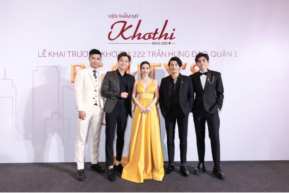 Hoa hậu Thu Hoài tại lễ khai trương Khơ Thị 222 Trần Hưng Đạo
