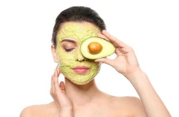 Muối và bơ chăm sóc da và thon gọn mặt, săn chắc cơ mặt hiệu quả