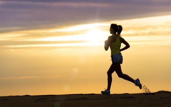 Duy trì tập thể dục mỗi ngày giúp cơ thể khỏe mạnh và giảm mỡ toàn thân hiệu quả