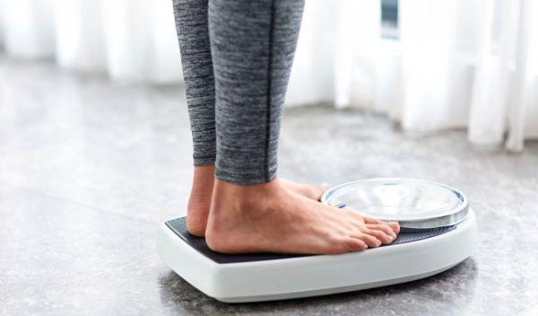 Theo dõi cân nặng thường xuyên