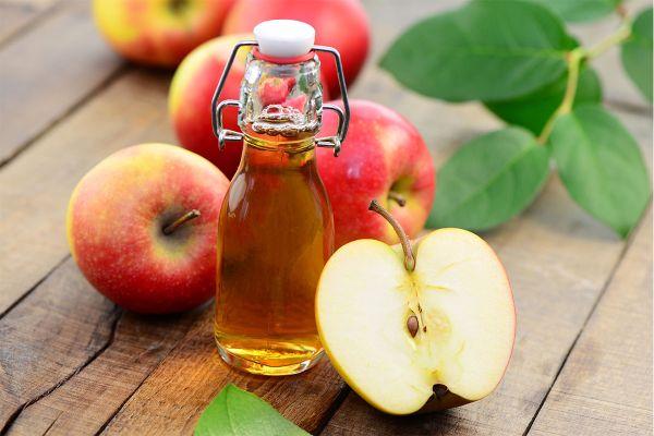 Màng bọc thực phẩm và giấm táo có tác dụng đốt cháy lượng mỡ thừa giúp giảm cân hiệu quả