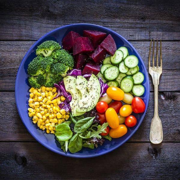 Salad rau củ quả giảm cân ngon, đơn giản và hiệu quả