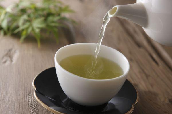 Nhiệt độ và thời gian pha trà xanh rất quan trọng
