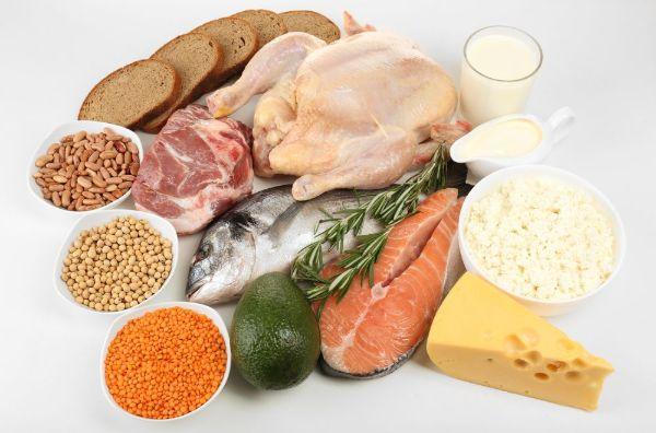 Quá trình giảm cân bằng trái cây cần bổ sung protein để đảm bảo dinh dưỡng