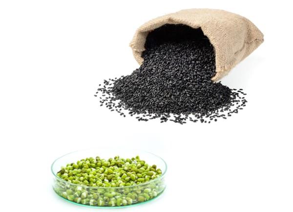 Sữa đậu xanh vừng đen có vị ngọt bùi từ hai loại hạt