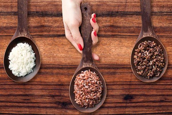 Giảm cân sau sinh bằng gạo hiệu quả nhờ các chất dinh dưỡng bên trong