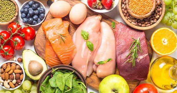 Các loại thịt cá, thịt bò, thịt gà là dưỡng chất không thể thiếu