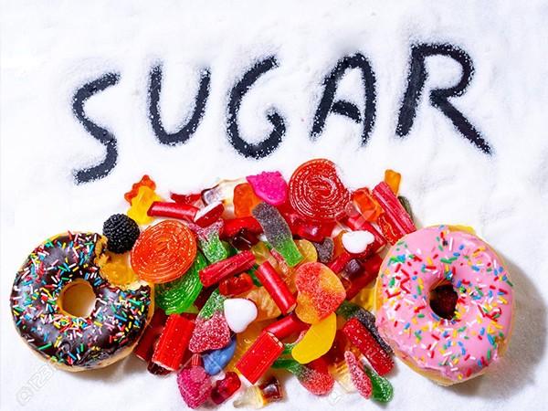 Thực phẩm nhiều đường khiến tăng cân nếu ăn nhiều.