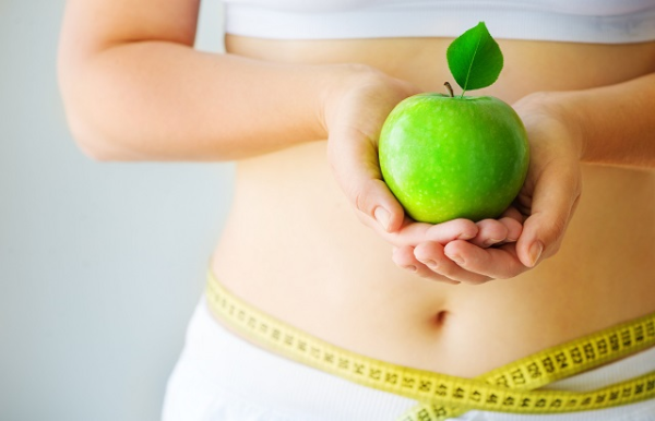 Các nàng có thể giảm ngay 2kg trong 3 ngày chỉ bằng việc ăn táo