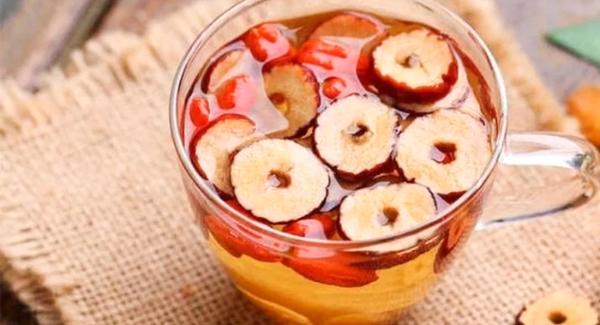 Nước táo đỏ là thức uống giảm cân cực hữu hiệu